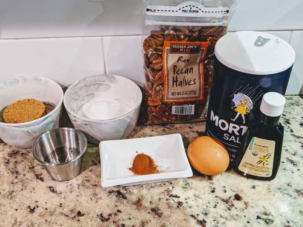 salt, pecans, sugar, vanilla extraxct, cinnamon, egg,water