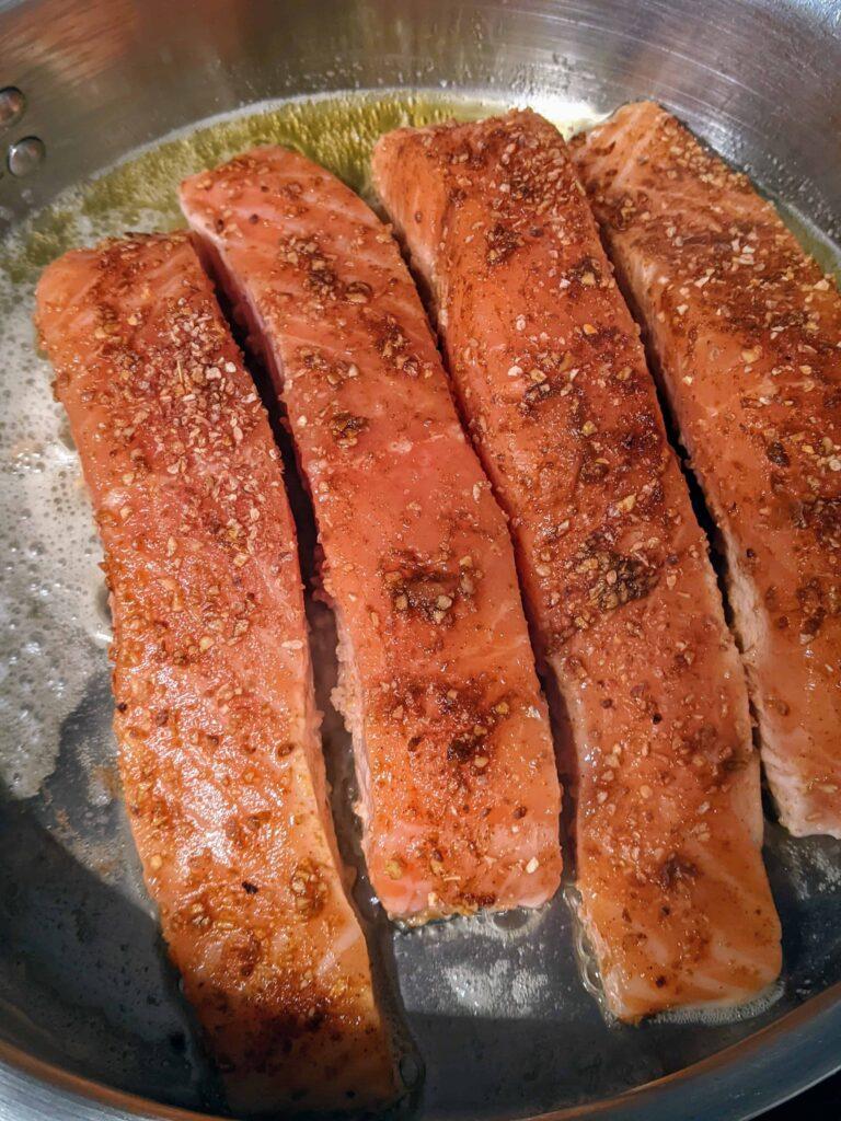lemony gorgonzola salmon raw
